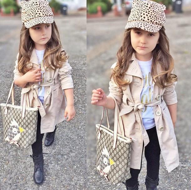 Mix đồ cho bé gái theo phong cách quý cô