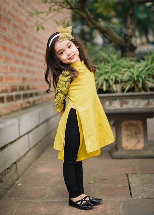 Mix đồ cho bé gái với áo dài duyên dáng