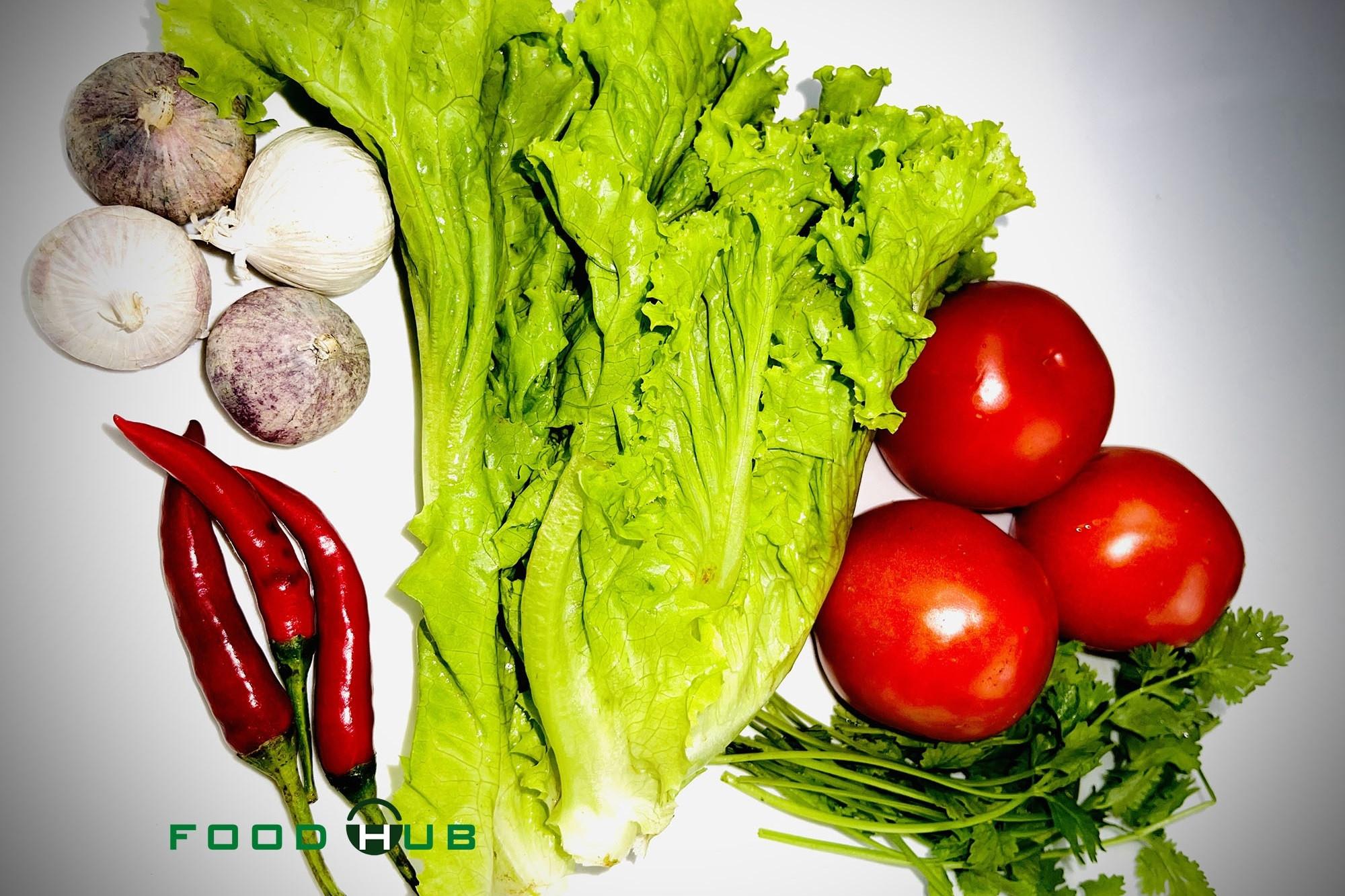 Salad xà lách, cà chua